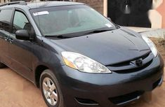Sell used 2007 Toyota Sienna automatic at price ₦2,400,000