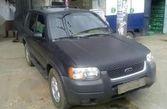 Clean black 2003 Ford Escape automatic for sale at price ₦1,100,000
