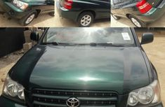 Sell well kept 2001 Toyota Highlander automatic at price ₦2,200,000 in Lagos