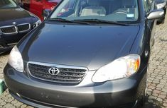 Very clean Toyota corolla LE 2004