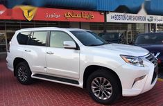 Sell well kept white 2014 Lexus GX suv / crossover in Lagos