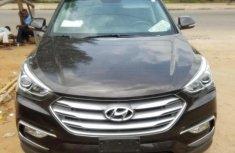 Sell grey/silver 2017 Hyundai Santa Fe suv automatic at mileage 7,153