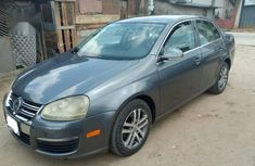 Sell blue 2006 Volkswagen Jetta in Port Harcourt at cheap price