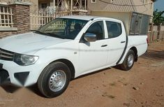 Well maintained white 2013 Mitsubishi L200 manual for sale