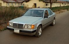 Well maintained 1998 Mercedes-Benz 230E manual at mileage 390,000 for sale