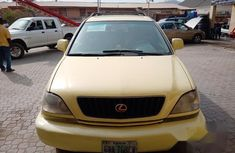 Very sharp neat yellow 2003 Lexus RX for sale in Abuja