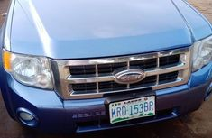 Sell used blue 2010 Ford Escape suv automatic in Lagos