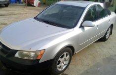 Grey/silver 2006 Hyundai Sonata car sedan automatic in Ikeja