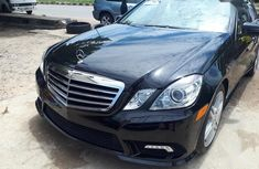 Used black 2010 Mercedes-Benz E350 automatic car at attractive price