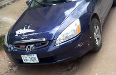 Sell well kept blue 2005 Honda Accord automatic