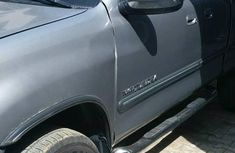 Toyota Tundra 2002 Automatic Silver for sale