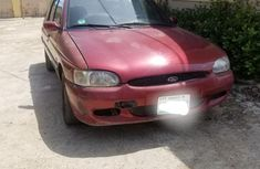 Selling 2000 Ford Escort manual in good condition