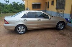 Used gold 2001 Mercedes-Benz C320 sedan at mileage 148,000 for sale