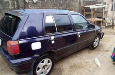 Very sharp neat used 2001 Volkswagen Golf manual for sale in Suleja