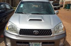Used 2002 Toyota RAV4 car automatic at attractive price in Lagos