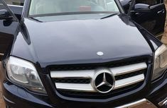 Selling blue 2012 Mercedes-Benz GLK automatic in good condition in Awka