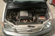 Sell used 2002 Toyota Sienna automatic at price ₦850,000 in Abuja