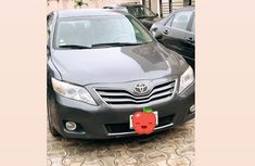 Selling 2010 Toyota Camry automatic in good condition at price ₦2,100,000