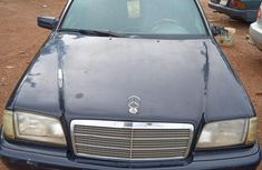 Certified blue 1999 Mercedes-Benz C180 automatic in good condition