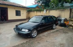 Sell super clean used 2001 Mercedes-Benz C280