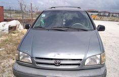 Well maintained 2000 Toyota Sienna for sale in Lagos