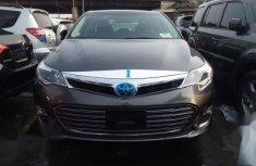 Best priced grey/silver 2015 Toyota Avalon sedan automatic in Abuja