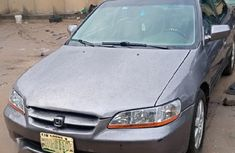 Well maintained 2000 Honda Accord sedan at mileage 170,000 for sale