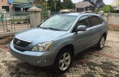 Selling 2005 Lexus RX in good condition at mileage 117,000