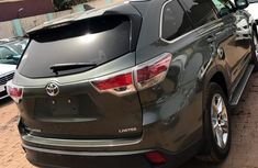 BRAND NEW TOYOTA HIGHLANDER