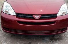 Toyota Sienna 2005 LE AWD Red for sale