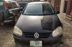 Selling black 2003 Volkswagen Golf automatic at price ₦600,000
