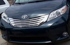 Need to sell high quality 2012 Toyota Sienna at price ₦4,790,000 in Lagos