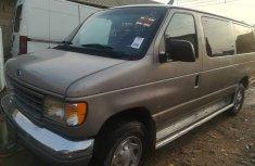 Neatly used 2000 Ford Van good for transportation V4 Engine