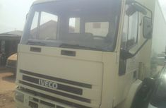 Super Clean Tokunbo Iveco Truck Container Body 6 Tyres
