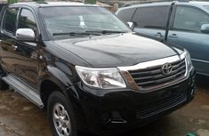2012 Hilux 2.7vvt-i with auxiliary