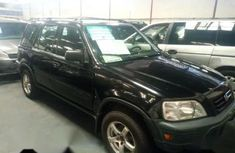 Sell black 2002 Honda CR-V automatic in Ikeja at cheap price