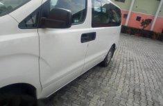 Hyundai H1 2014 White for sale
