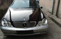 Grey/silver 2004 Mercedes-Benz C200 at mileage 136,000 for sale