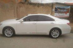 Lexus ES 2011 White for sale