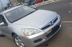 Need to sell grey/silver 2007 Honda Accord at price ₦1,500,000 in Warri