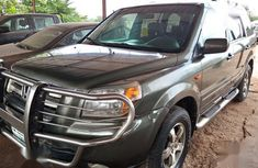 Selling green 2006 Honda Pilot suv  automatic in Abuja