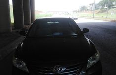 Need to sell high quality grey 2007 Toyota Camry automatic at price ₦2,500,000