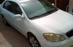 Sell well kept 2005 Toyota Corolla automatic at mileage 180,000
