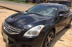 Nissan Altima 3.5 SR Coupe CVT 2010 Black for sale