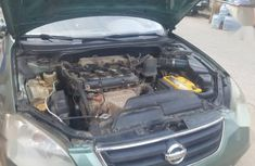 Sell used 2002 Nissan Altima automatic at mileage 140,000 in Lagos