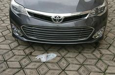 Sell used grey/silver 2015 Toyota Avalon automatic at price ₦7,900,000