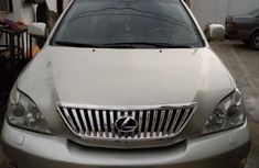 Well maintained grey/silver 2005 Lexus RX automatic for sale in Calabar