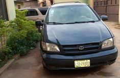 Blue 2001 Toyota Sienna car automatic at attractive price in Lagos