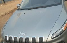 Jeep Cherokee 2015 Gray for sale
