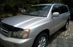 Clean Toyota Highlander 2002 Silver for sale